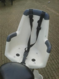 Mamafiets - Kinderzitje - Bakfiets Huren Amsterdam Cargo Bike Rental Childseat