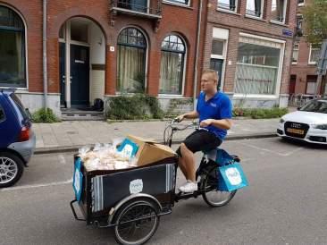 maza-salades-verkopen-vanuit-bakfiets-vinny-bakfiets-huren-amsterdam
